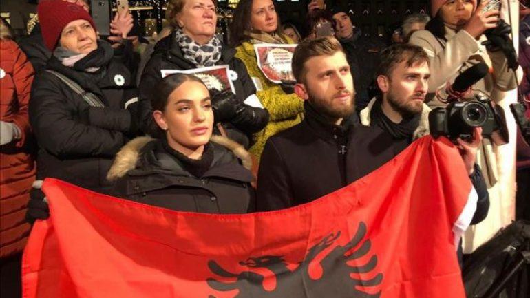 Shqiptaret Kunder Nobepit