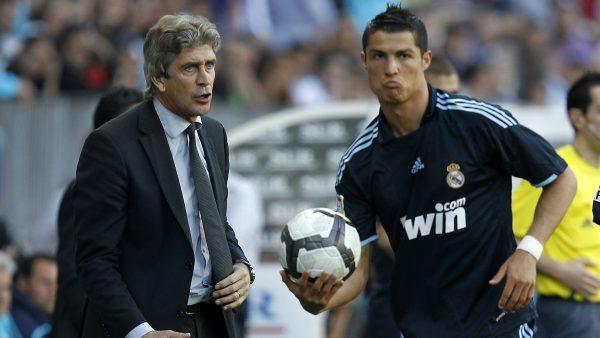 Manuel Pellegrini Cristiano Ronaldo Cropped 2a374mk51d7j1wk2oluijo34k