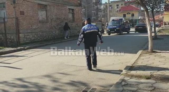 Korce Policia Oerplasje Me Arme