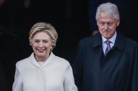 Explosive Package Sent To Clintons' Home