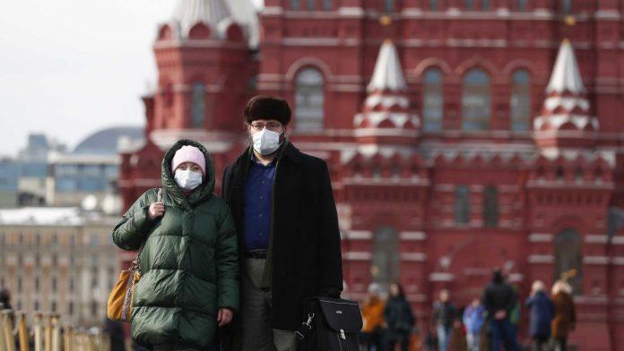 Https Cdn.cnn .com Cnnnext Dam Assets 200320161014 04 Russia Coronavirus 0316 Moscow 696x392