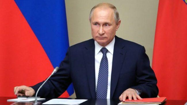 Putin Rusi 696x392
