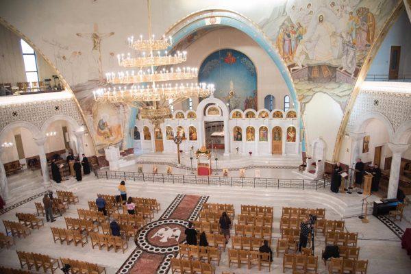 Kremtimi I Pashkëve Ortodokse Në Katedralen Krishti U Ngjall Në Tiranë 600x400