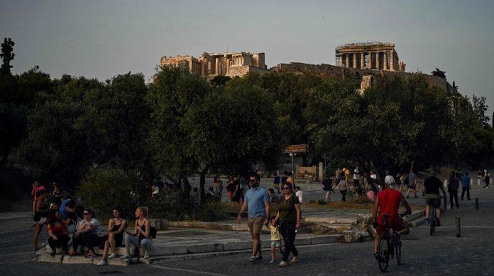 Akropol 1 696x390