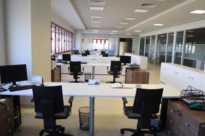 4 Zyra Administrata