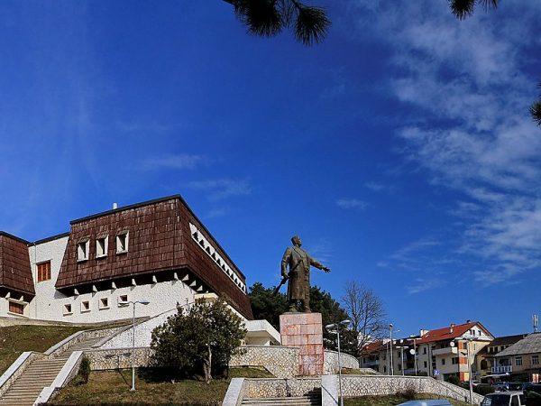 Tropoja