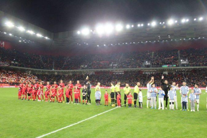 Mbrëmja e derbit  ja si janë rreshtuar Partizani dhe Tirana