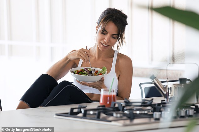 29628964 8419151 Could Intermittent Fasting Be The Key To Your Summer Body Goals A 104 1592471781619