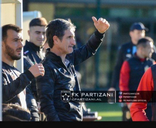 Frikë nga Covid 19  trajneri Sormani dhe stafi italian braktisin Partizanin në derbi