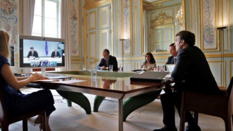 Macron e Merkel me deklaratë të përbashkët  Dialogu Kosovë Serbi rifillon me 12 korrik  në datë 16
