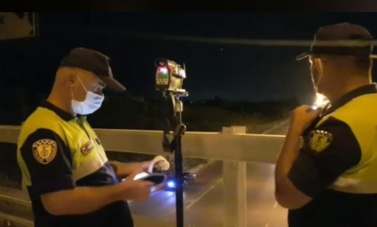 Policia Kontrolle Naten