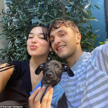 31441214 8582919 Sweet Dua Lipa 24 Took Her Relationship To The Next Level As She A 43 1596270127729
