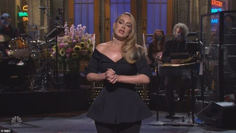 34806432 8876635 Adele Adkins Hosted Saturday Night Live And Joked About Her 100l A 70 1603601218024