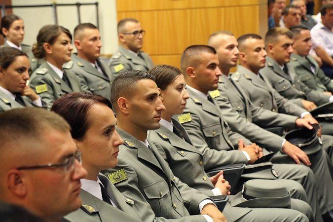 Ushtaret