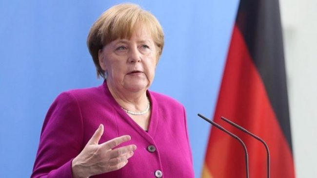 Merkel Turqi 696x392
