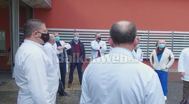 Mjeket Nis Protesta