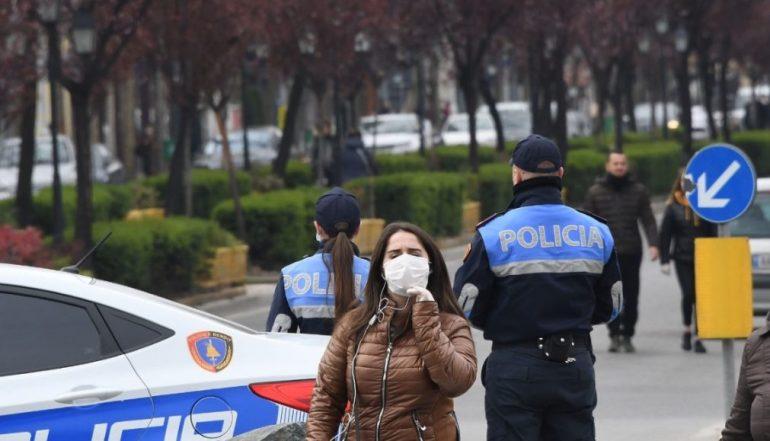 Policia Koronavirusii1