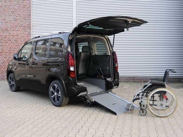 1 Peugeot Rifter Disabili
