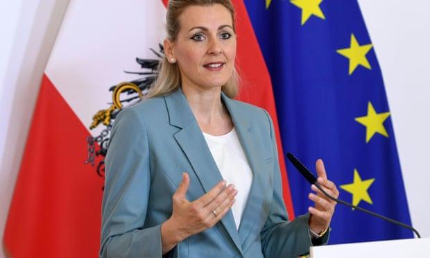Christine Aschbacher