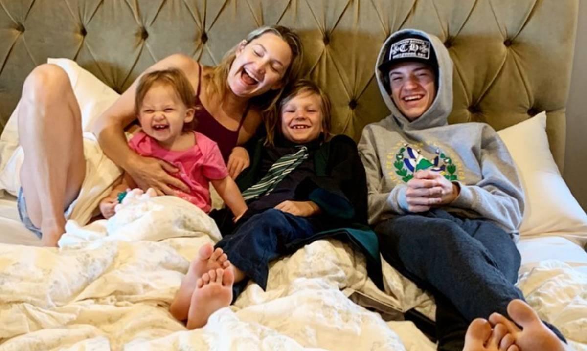 Kate Hudson Children Bed T