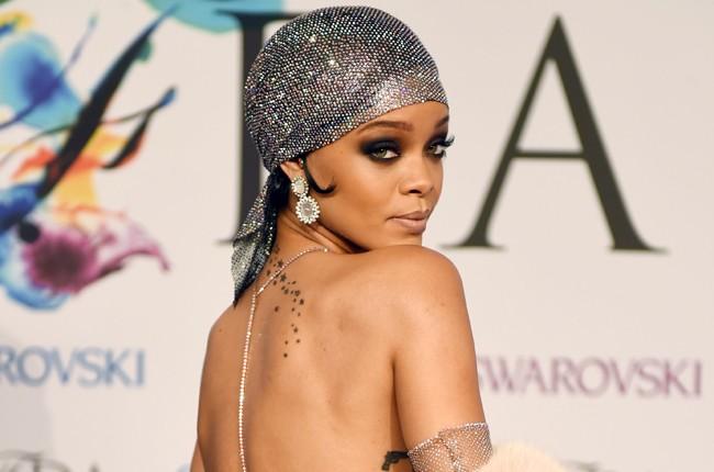 Rihanna 2014 Cfda Awards Fashion Icon Billboard 650 Compressed