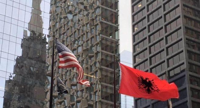 Shqiptaret Ne Amerike