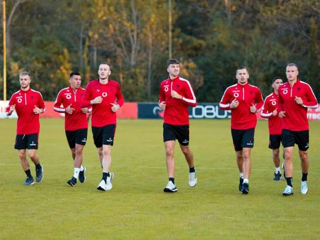 5. Me Syte Nga Bjellorusia Luhet Per Kreun, Futbollistet E Kombetares Besojne Te Suksesi