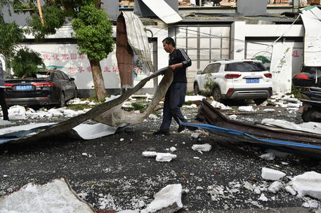 At Least 7 Dead, Hundreds Injured As Two Tornadoes Hit China