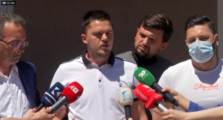 Vdesin 3 Kosovaret Flasin Familjaret
