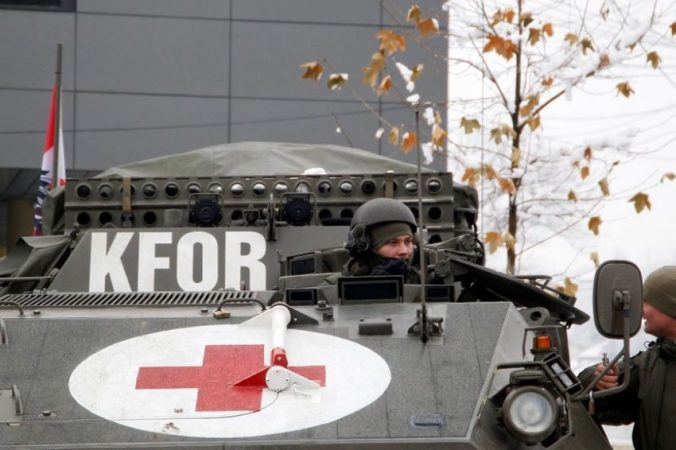 Auto Vojnici Kfora 1 830x01623655012