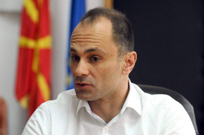mungesa-e-vaksinave-ne-maqedonine-e-veriut-ministri-i-shendetesise-ne-fund-te-muajit-vijne-600-mije-doza
