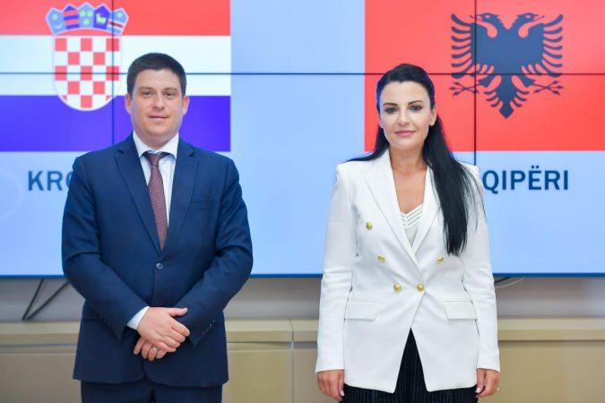 Balluku Kroati
