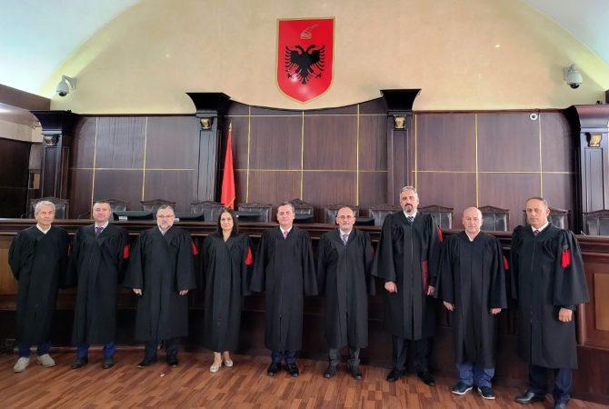 Gjykata E Larte (5)